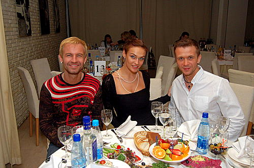 http://www.kleo.ru/club/tusa1/ph135181.jpg