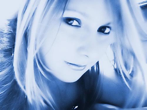 Красивые картинки девушек на аватарку
