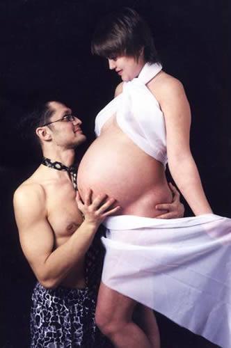 Поссорился с беременной женой