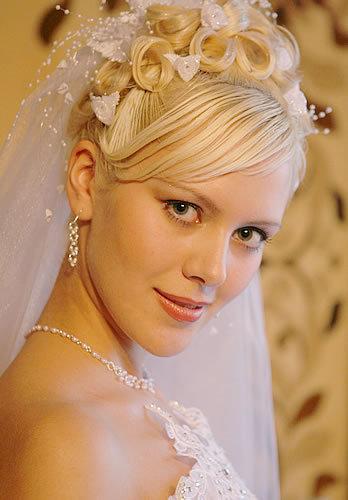 Свадебные прически французская коса