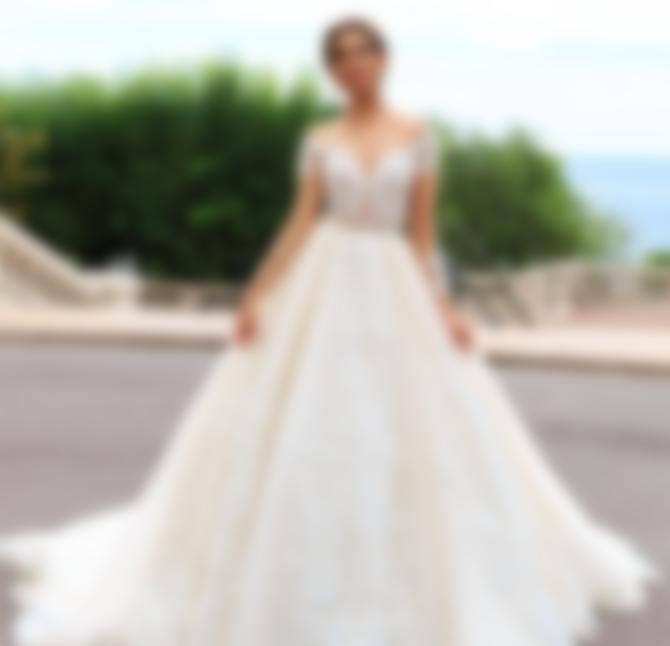 b7386bd9952 Свадебные платья 2018  модные тенденции с фото для самых красивых невест