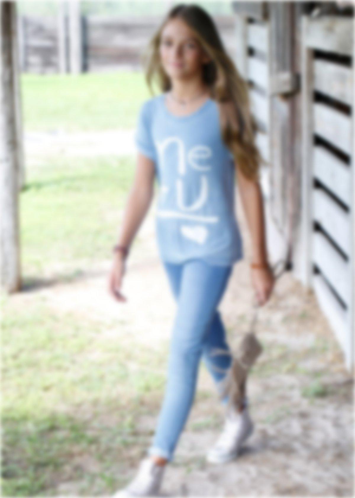 Картинки подростков девочек в джинсах