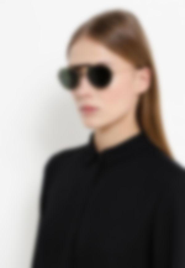 Цветные, черные, прозрачные, зеркальные, в металлической оправе — выбирайте  любые модели для создания модного образа. Однако обращайте внимание на то,  ... 85a41cbeeda