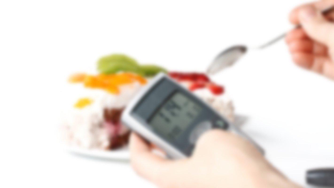 Как снизить сахар в крови: диета, таблетки, народные средства