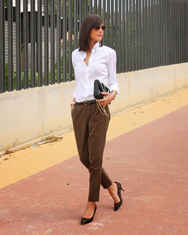Fashionable office attire for women 44