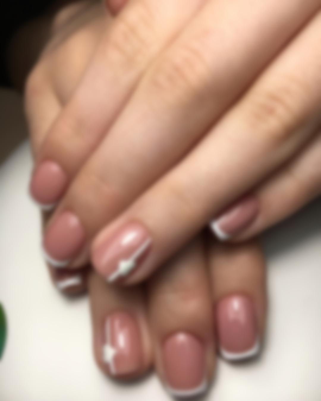 Французский маникюр на коротких ногтях (видео)