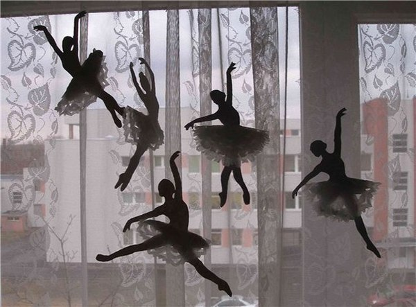 Украшение для окон на новый год балерины