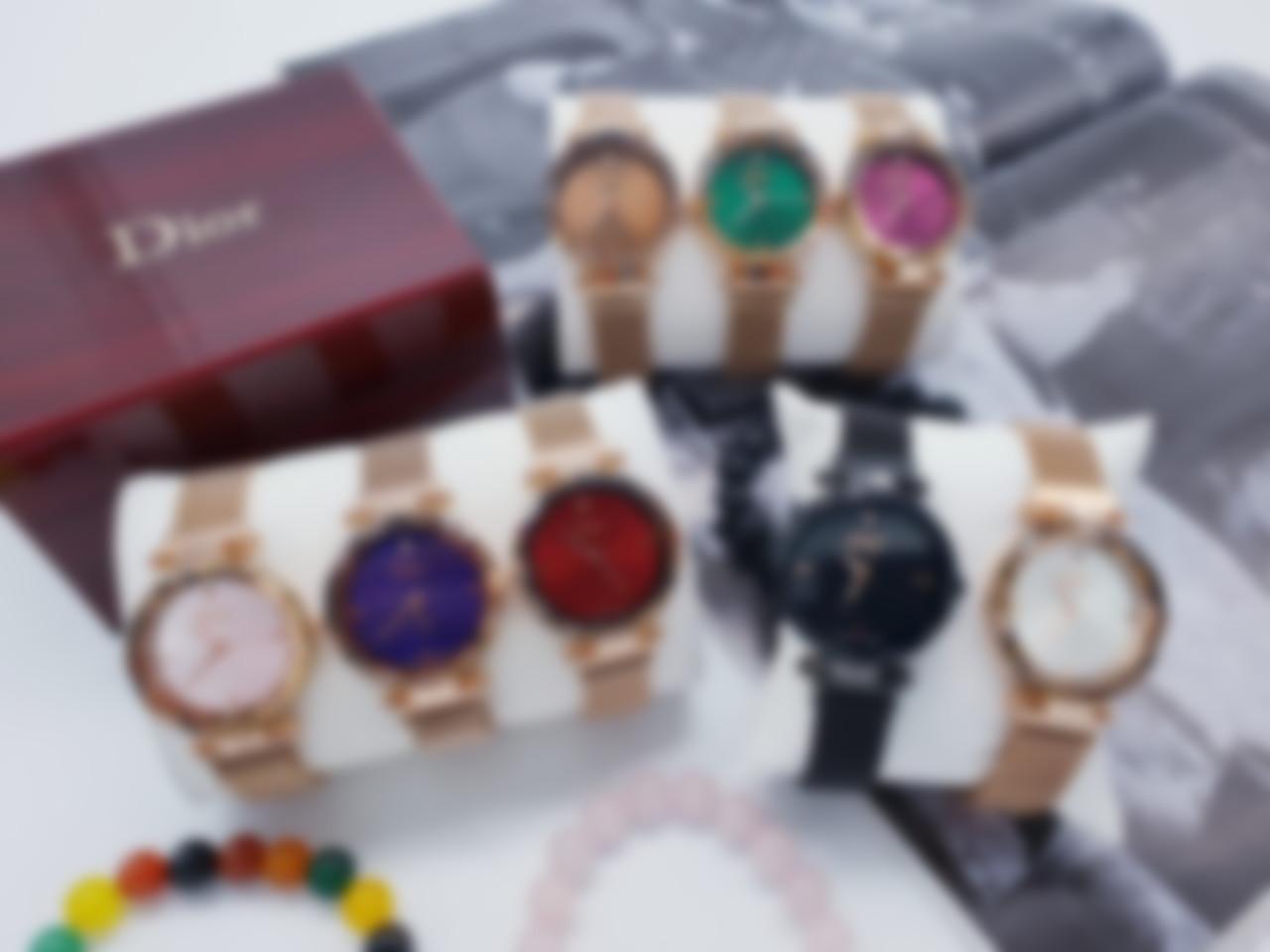 aa7f51ca3326 Модные женские наручные швейцарские часы в 2019 году традиционно имеют  корпус, сделанный из драгоценных металлов, механический или кварцевый  часовой ...