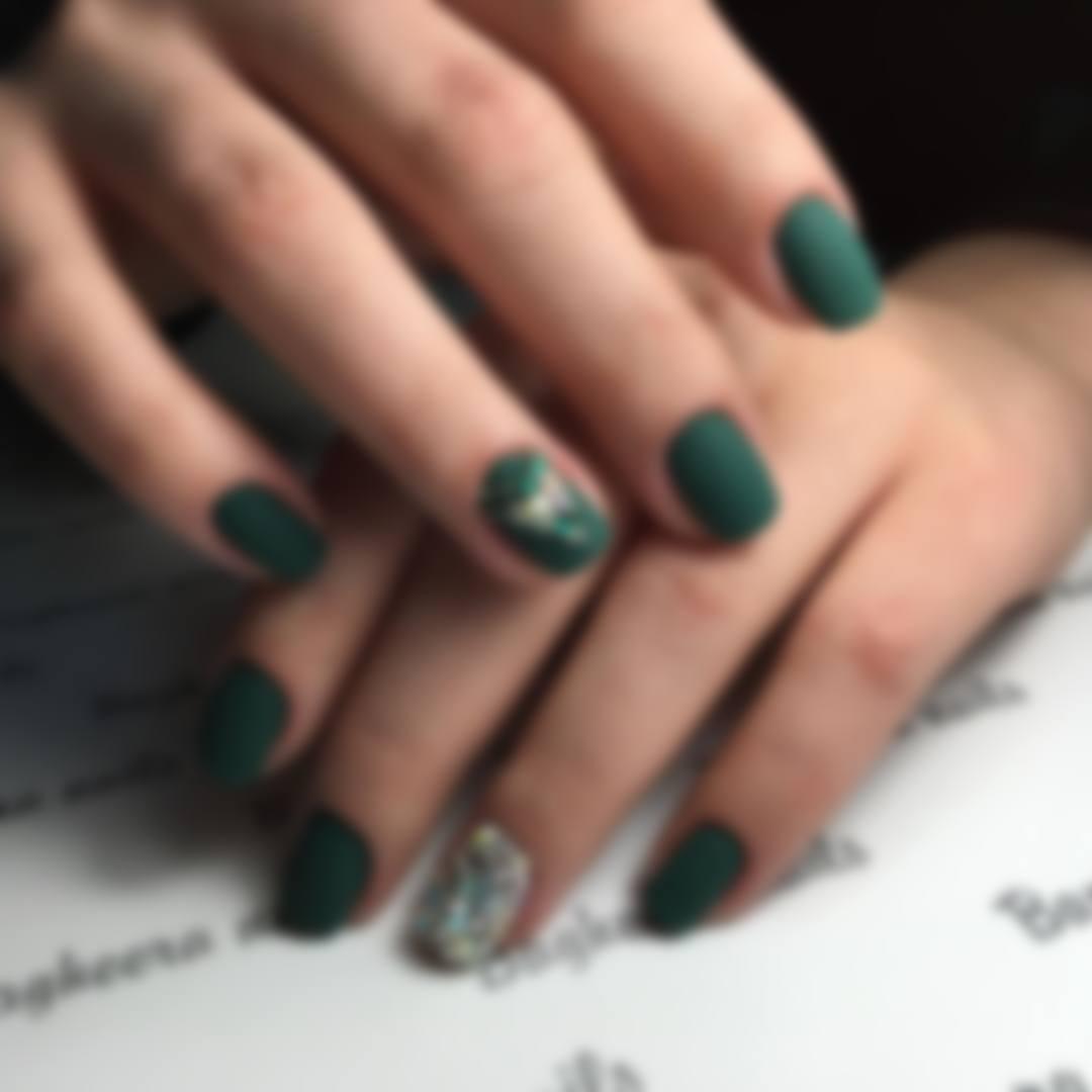 Дизайн ногтей со стразами 25: фото, новинки