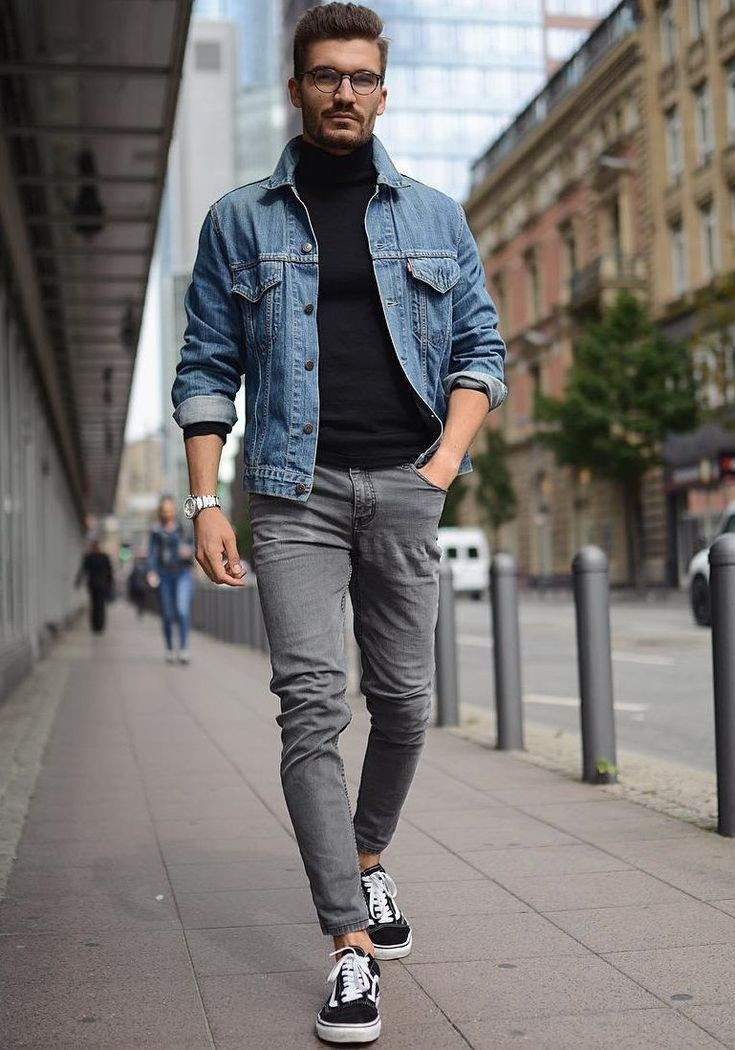 d5d6a7324e2 При выборе кожаной куртки советуем вам обратить внимание не только на  стандартные цвета