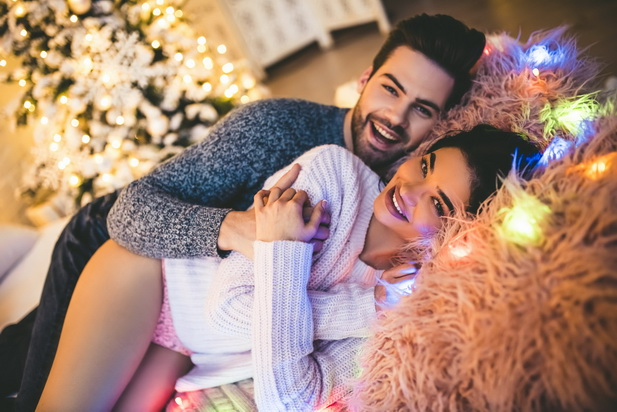 edde2470ea331 12 идей для секса в новогоднюю ночь