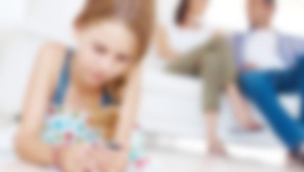 порно ребенок залез маме фото