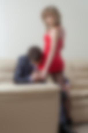 Муж хочет чтобы на мне во время секса были чрные чулки