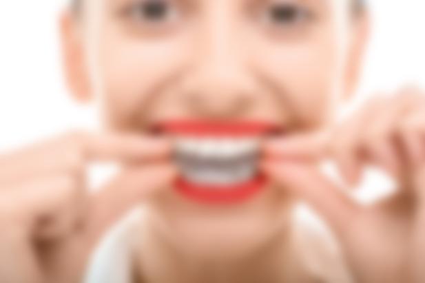 Как называется устройство для выравнивания зубов