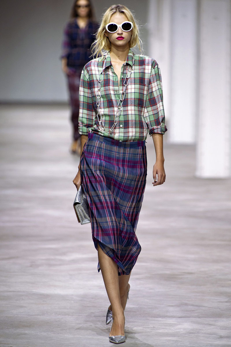 https://www.kleo.ru/img/articles/Dries-Van-Noten-Spring-2013-RTW-PFW-35.jpg