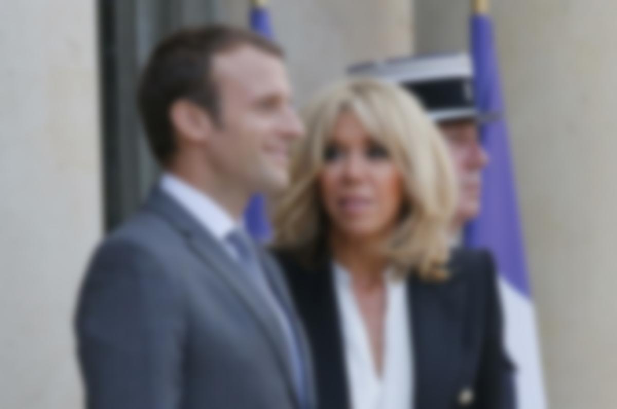 Смотреть Жена Президента Франции Макрона: биография, фото видео