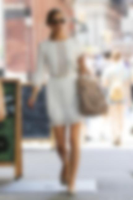 Что одеть под прозрачное шифоновое платье