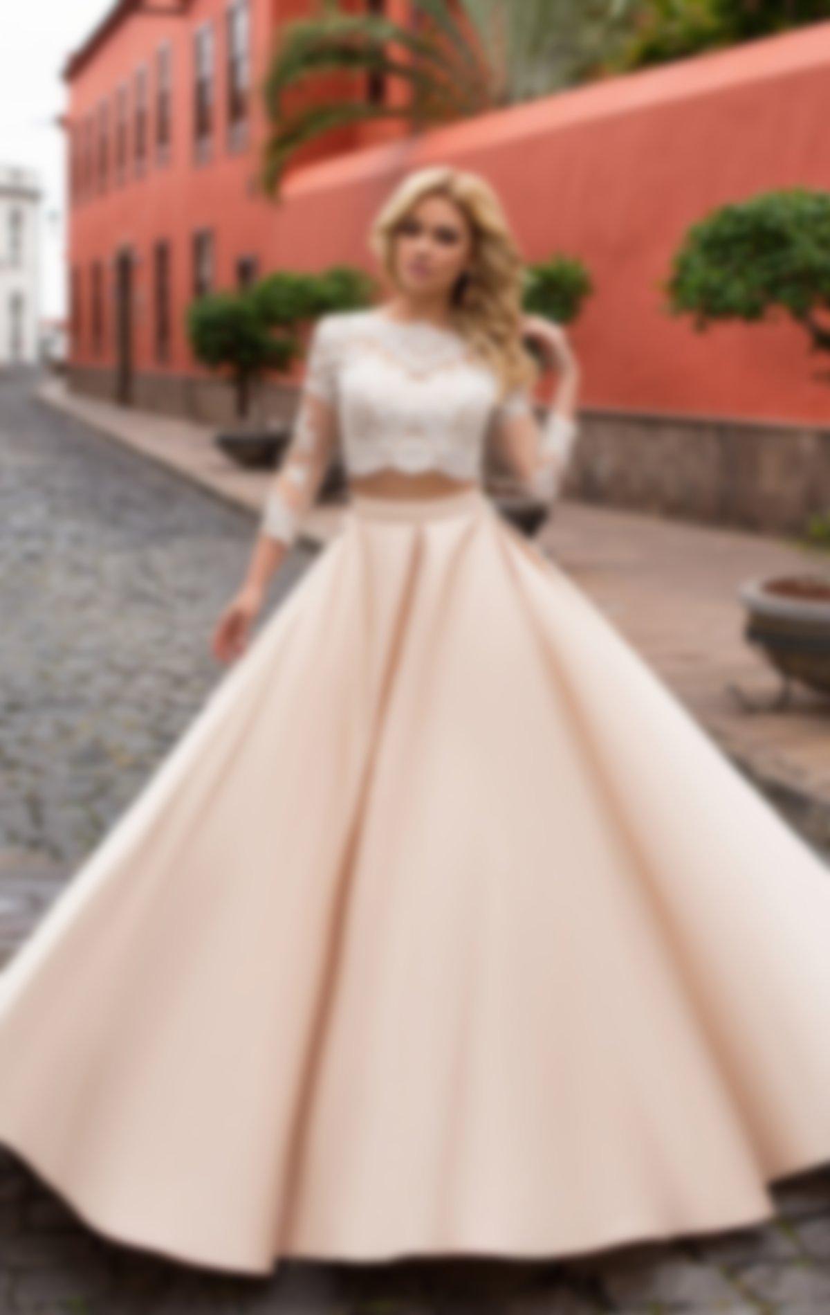 396477558c4 Короткие платья могут быть однотонными и многоцветными. Вне зависимости от  цвета и оттенка