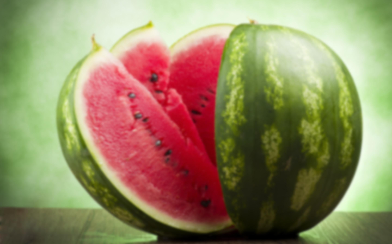 Арбуз: калорийность, полезные свойства, вред, польза