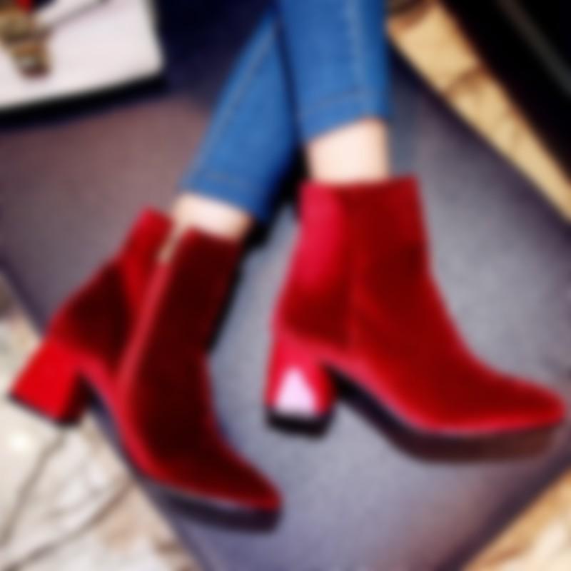 d24b7e38d Также стоит выбрать ботинки с открытым верхом, которые не только выглядят  стильно, но и обеспечивают достаточную вентиляцию. Они будут отлично  работать в ...