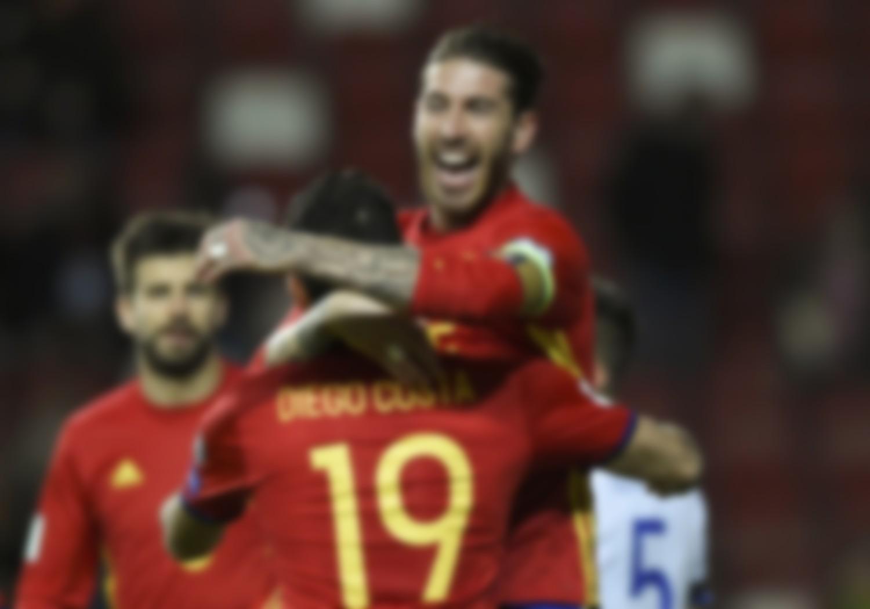 испанские футболисты фото свою