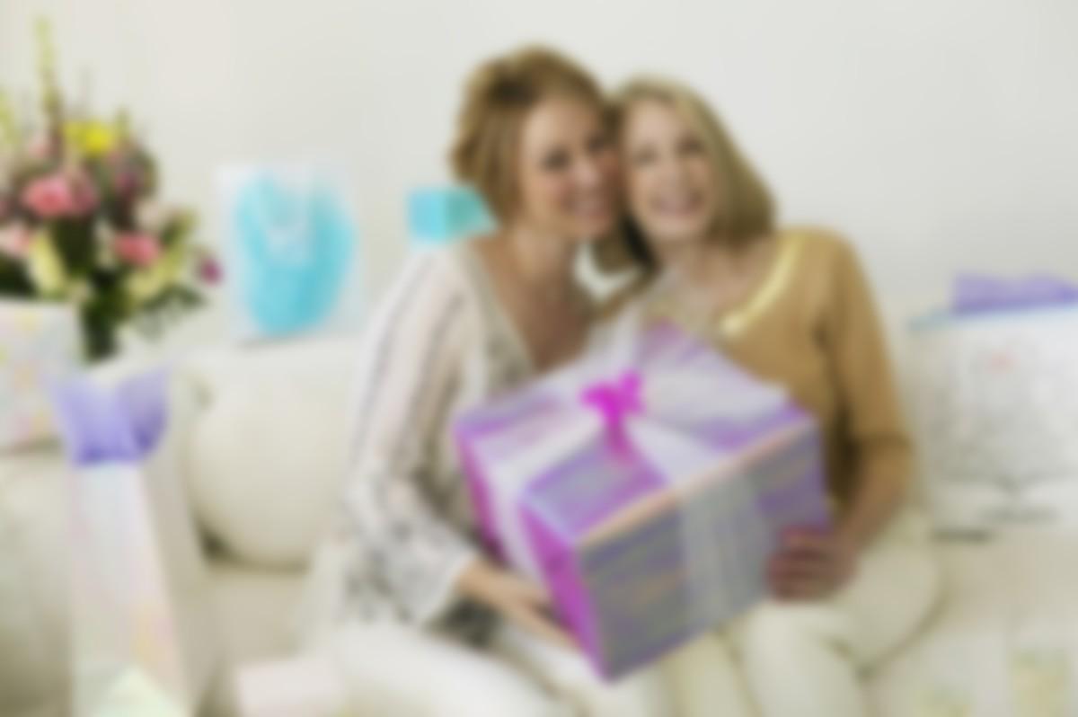 написании фото подарки для мам предпосылки