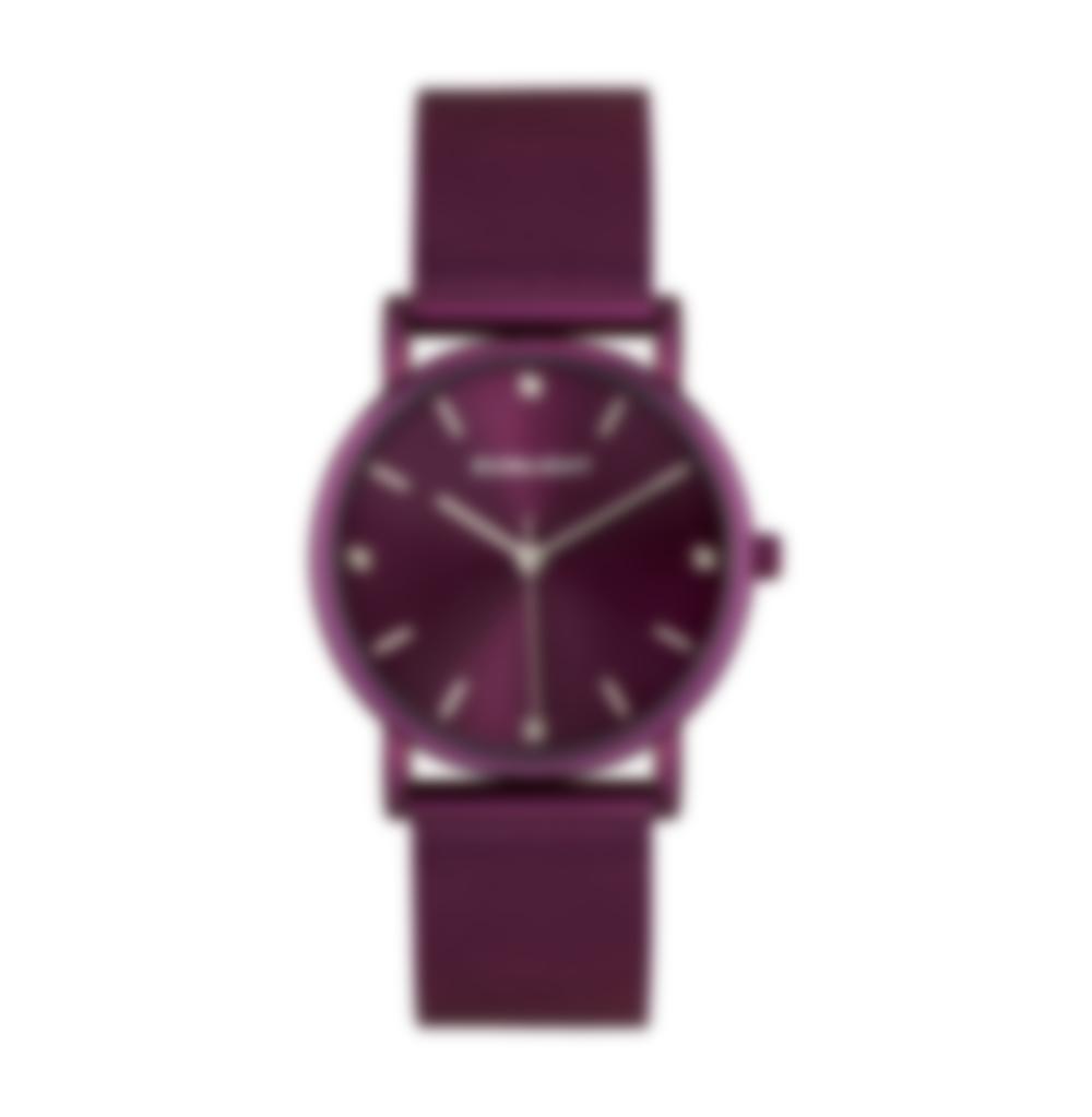 0a7b03625b30 Девушкам стилисты рекомендуют выбирать часы ярких и сочных расцветок. Для  взрослых женщин и леди серебряного возраста больше подойдут часы в  сдержанных ...