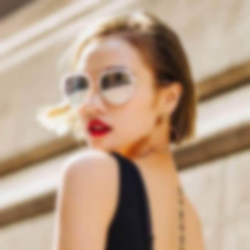 Модные солнцезащитные очки 2018  женские (фото) 0b3f1ee4dc2