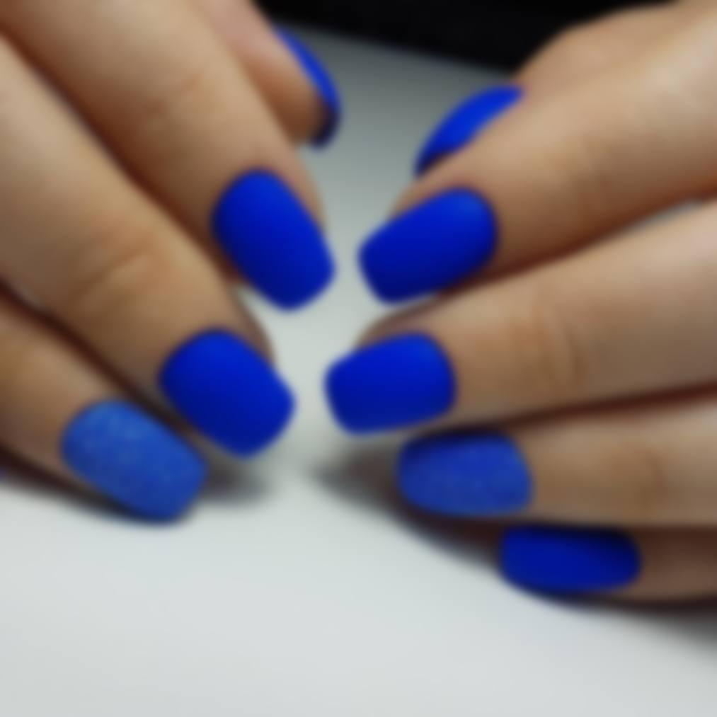 Фото ноготков с синим дизайном