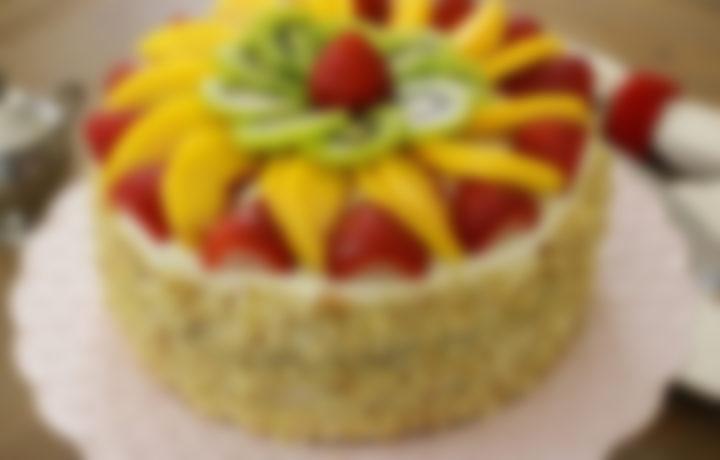 Рецепт торта с фруктами поэтапно