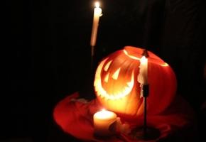 Как гадать на Хэллоуин и какие способы
