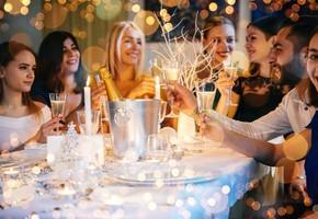 Какие рестораны будут работать в новогоднюю ночь 2021 в Питере