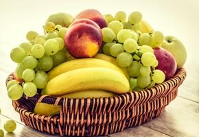 Какие фрукты можно кормящей маме