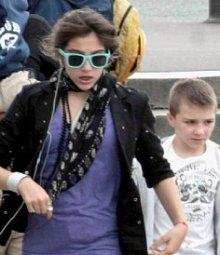 Дочь Мадонны не приемлет стиль матери