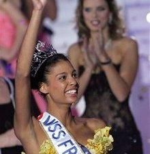 Новости. Первой красавицей Франции стала темнокожая американка