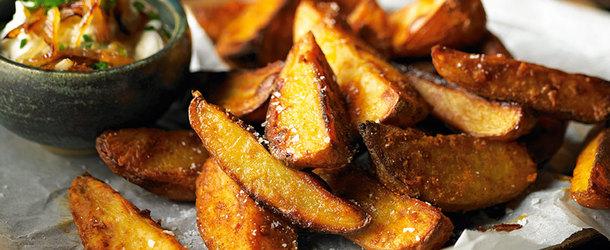 Калорийность жареной картошки на масле и сале а также с грибами и луком
