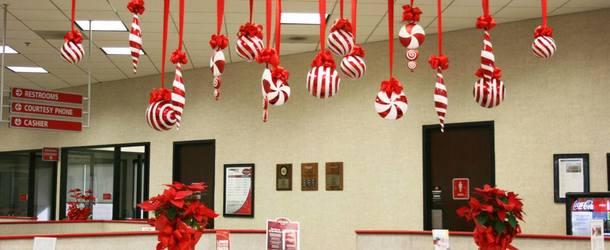 Как красиво украсить кабинет к новому году