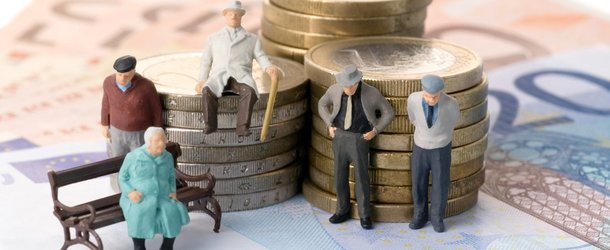 Кому добавят к пенсии с 1 января 2020 года и на сколько повысят