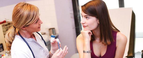 Зуд в интимной зоне у женщин: причины и как быстро снять зуд
