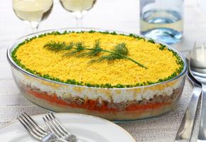 Готовим классический салат Мимоза с сыром