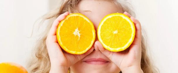 Со скольки месяцев можно давать апельсин ребенку