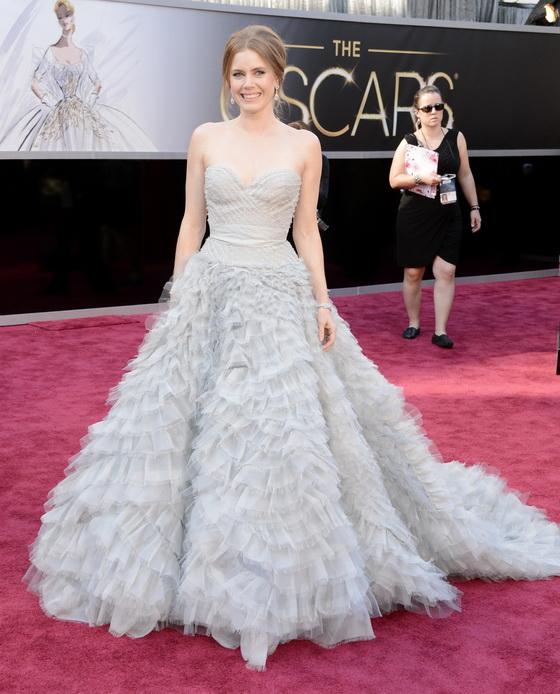 Фото звезд в пышных платьях
