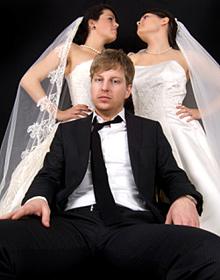 Как изменяют россияне: полигамия в России