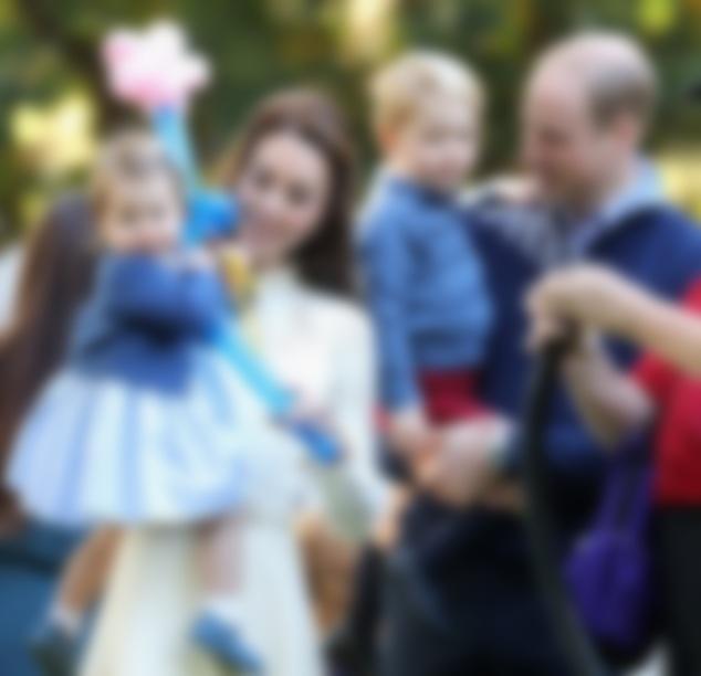 Принц Уильям игерцогиня Кейт Миддлтон впервый раз взяли детей нарождественскую службу