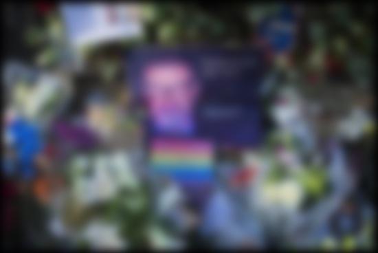 Певца Джорджа Майкла похоронили спустя три месяца после смерти