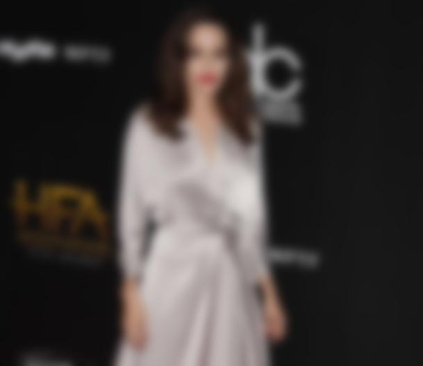 Пермская «Анджелина Джоли» поздравила сРождеством откровенным фото