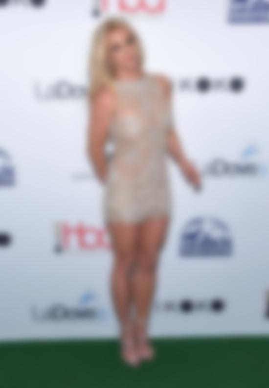 Бритни Спирс получила награду бритни спирс сейчас