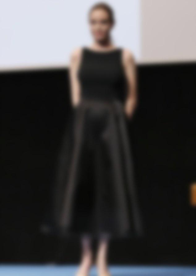 Платье миди черное с пышной юбкой