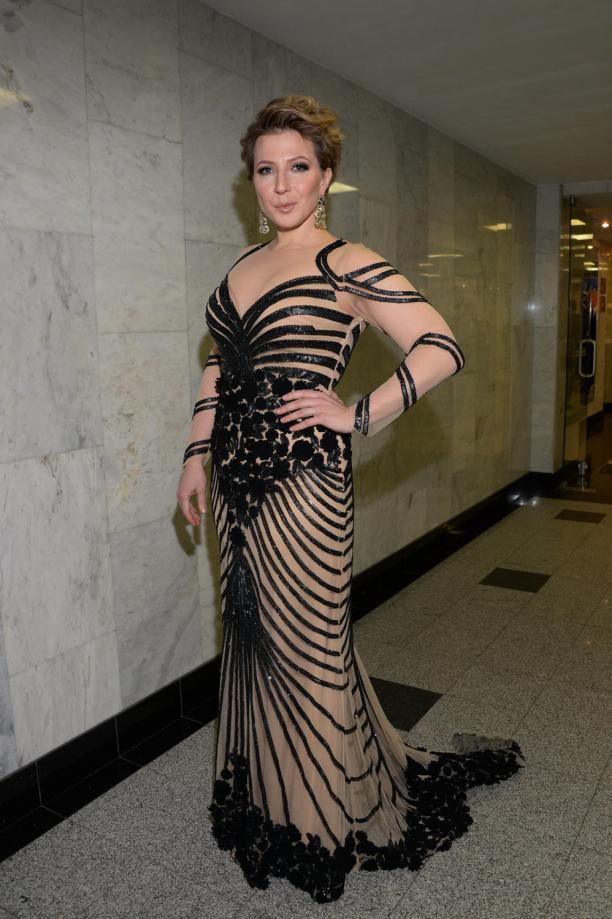 Платье чуриковой у лещенко