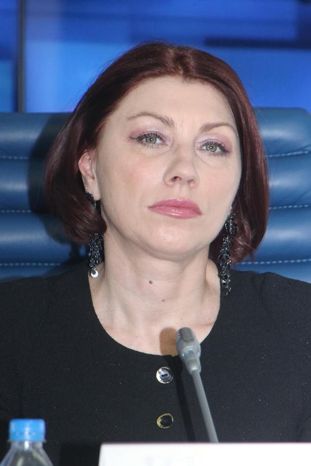 Роза Сябитова: «Женщины больны гордыней»: http://www.kleo.ru/items/planetarium/syabitova_zhenshiny_bolny_gord.shtml